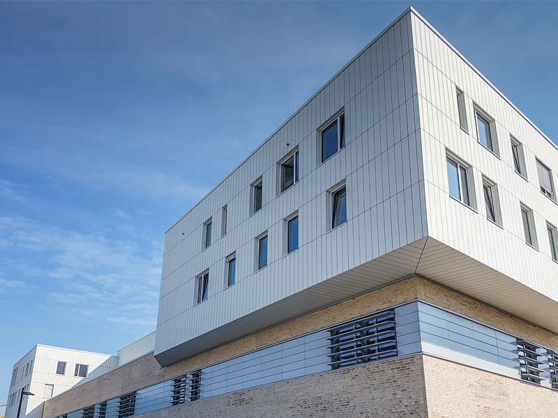 These state-of-the-art premises house the new nanoresearch centre at Hamburg University's campus